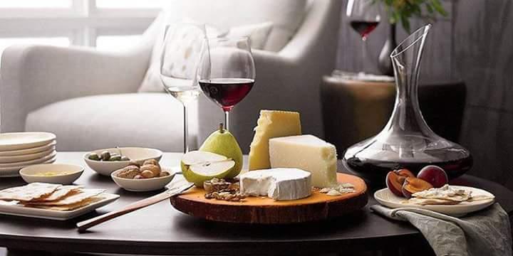 Bon ton a tavola come servire il vino e cosa evitare oggi a parma - Bon ton a tavola ...